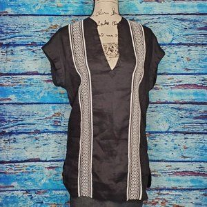 🦋NWT Athleta Black and White Tunic Size XXS